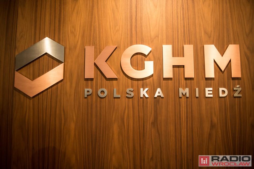 Kghm zmiana logo