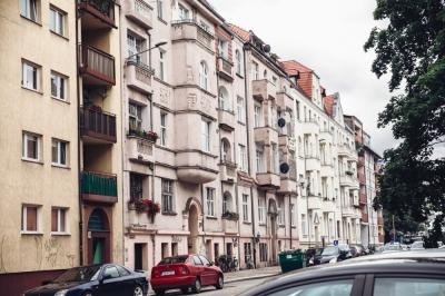 Mała, ale okazała ulica Tomaszowska [FOTOSPACER]