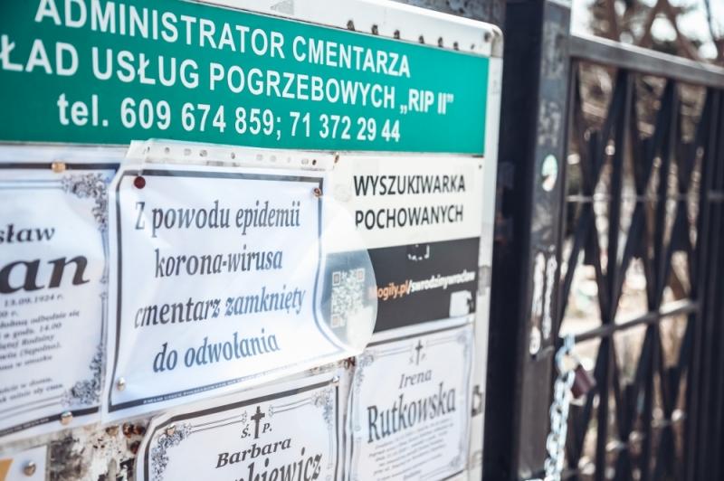 Koronawirus: Wrocławskie cmentarze zamknięte - Radio Wrocław