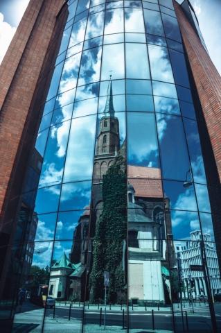 FOTOSPACER: Kościół św. Wojciecha z początków XII w.